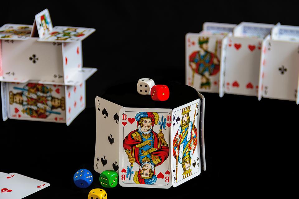 Lailliset kasinot: Miksi pelata laillisilla verkkosivustoilla